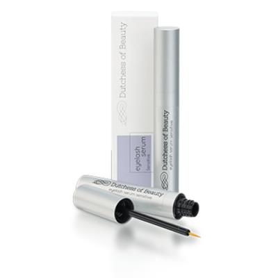 Verpakking met Dutchess of Beauty eyelash serum sensitive